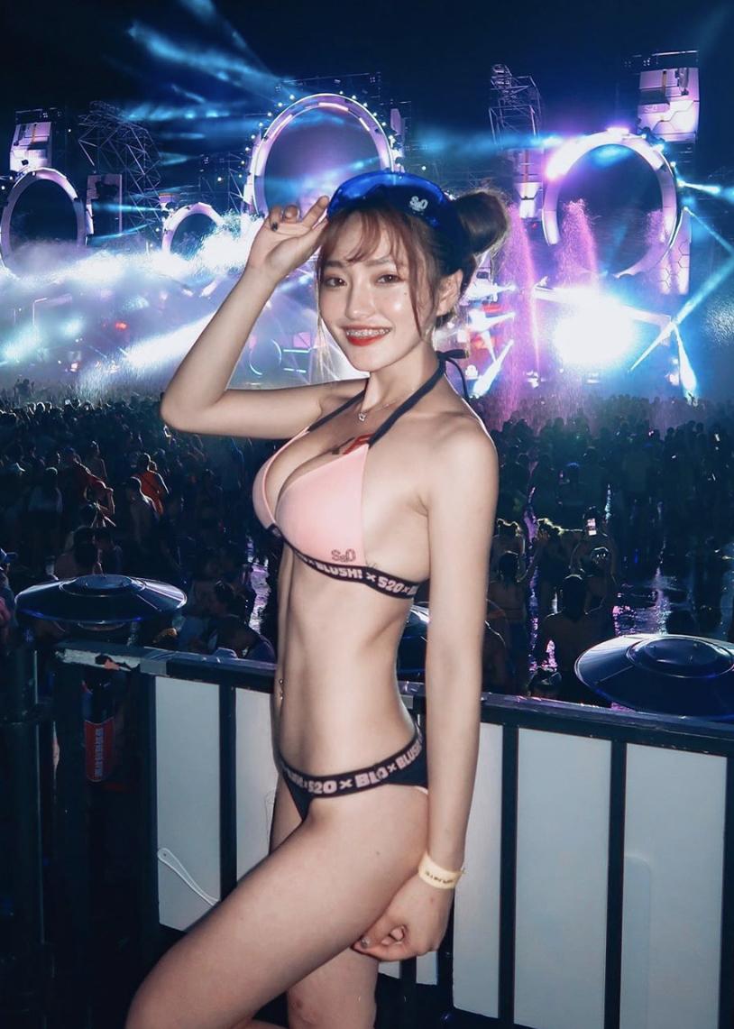 j_photo_2019_6.jpg